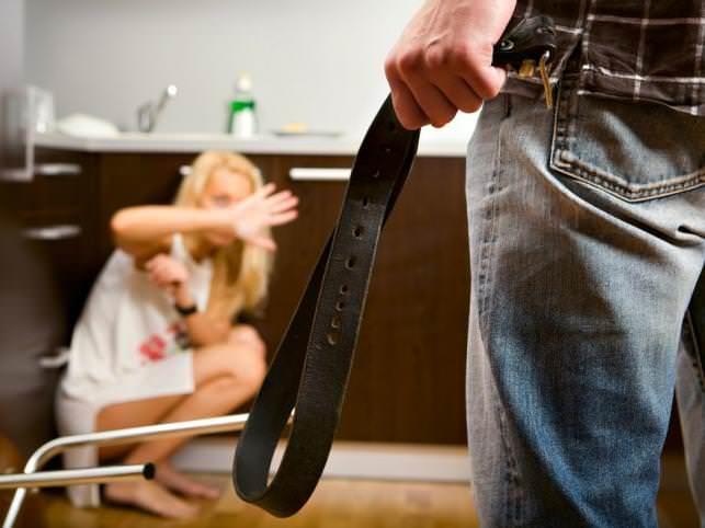 przemoc w małżeństwie
