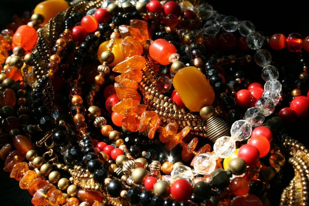 kamienie i korale