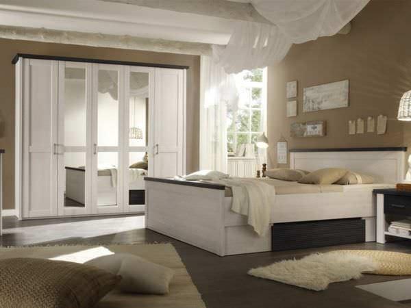 Sypialnia w kolorze brązowym