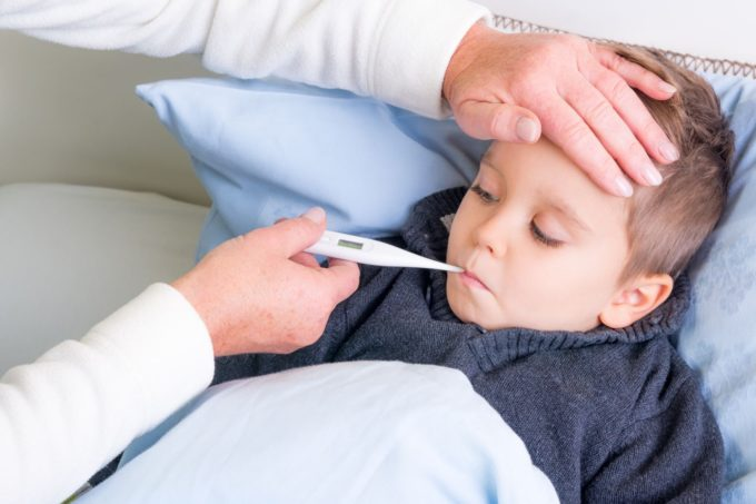 Mierzenie temperatury u dziecka